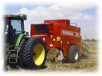 Freeman 1592 Big Baler